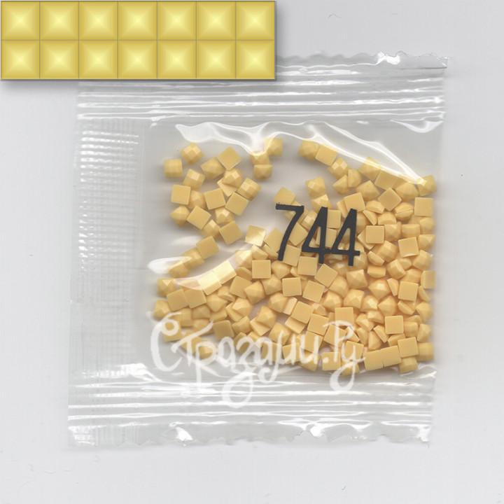 Стразы для алмазной вышивки DMC 744 квадратные 1,4 г